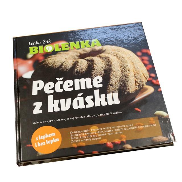 "Kniha - Kuchařka ""Pečeme z kvásku"", Lenka Žák"